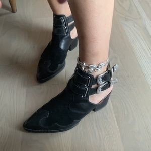 TOPSHOP Western Boots in black leather & suede